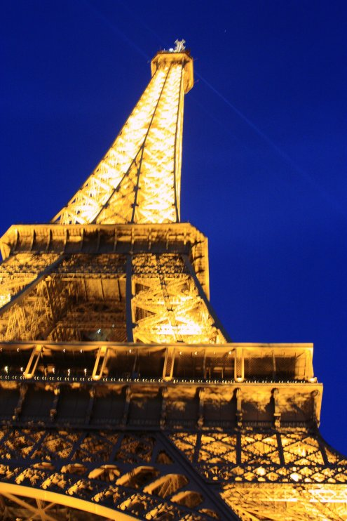 Eiffel-Tower-France-Night