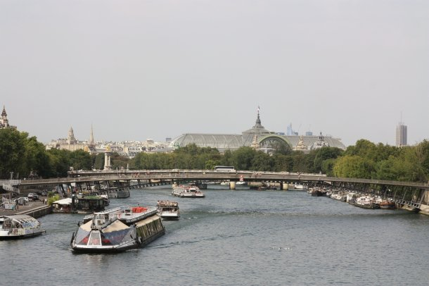 view-from-the-seine-grand-palais
