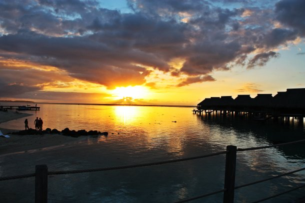 Moorea_Sunset_Tahiti